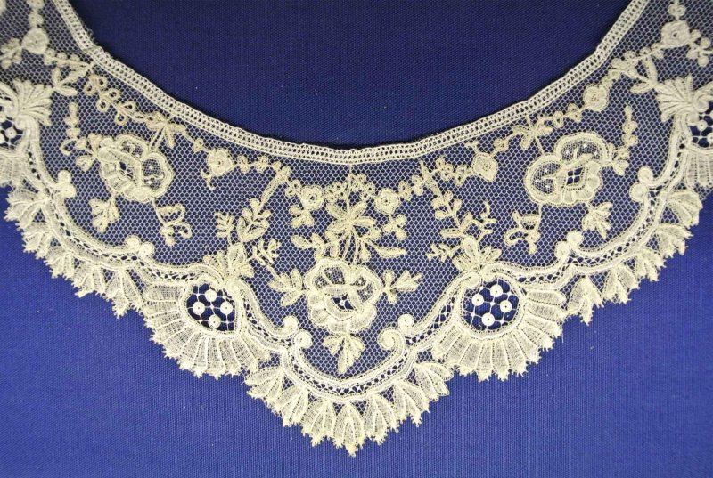 Brugge lace2
